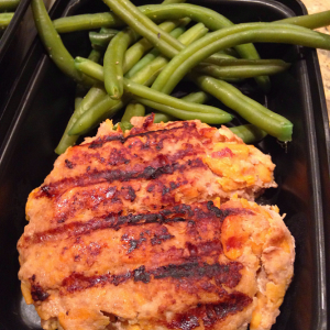 healthy sweet potato turkey burger with green beans