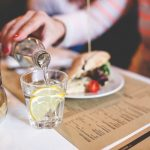 8 Ways to Eat Healthy at Restaurants